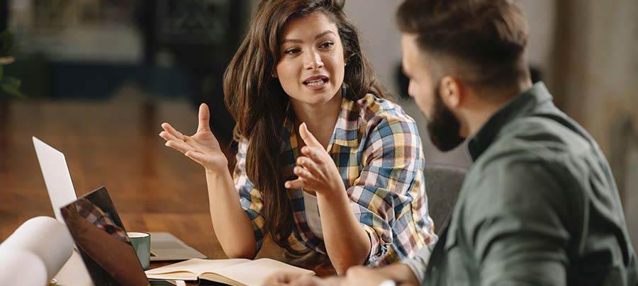 Kollegen im Gespräch, Kommunikation